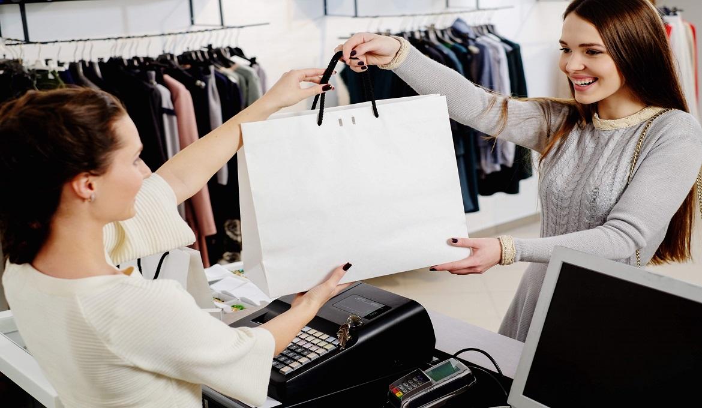 Nhân Viên Bán Shop Quần áo