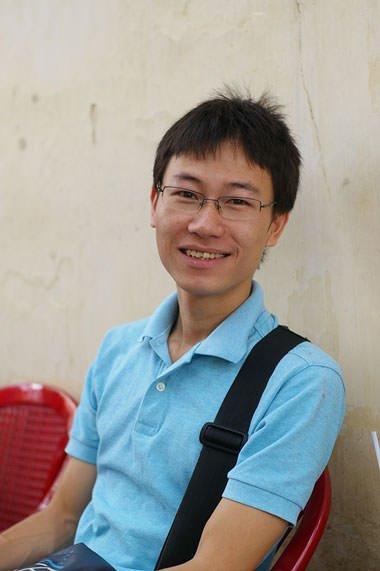 """Sforum - Trang thông tin công nghệ mới nhất FkvfgV9 Bạch Thành Trung - """"vozForums đối với tôi nó là đứa con, tôi vẫn sẽ nuôi cái VOZ này như 20 năm nay tôi vẫn làm"""""""