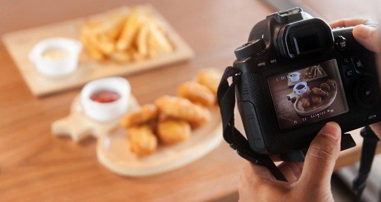 Chụp ảnh đồ ăn